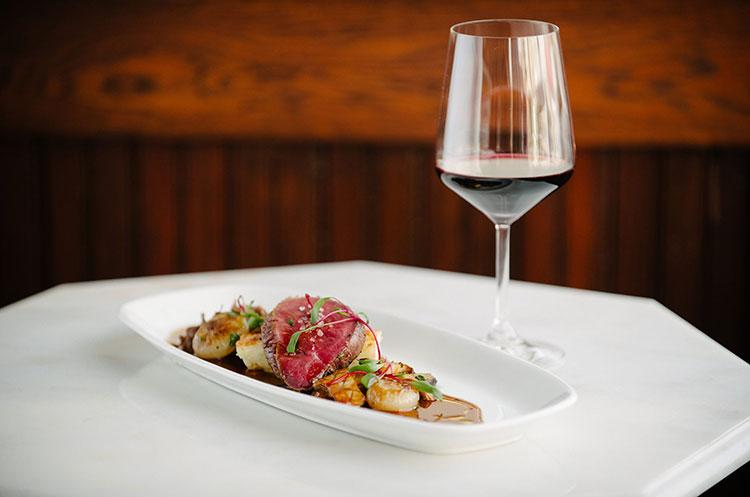 boeufhaus plate wine