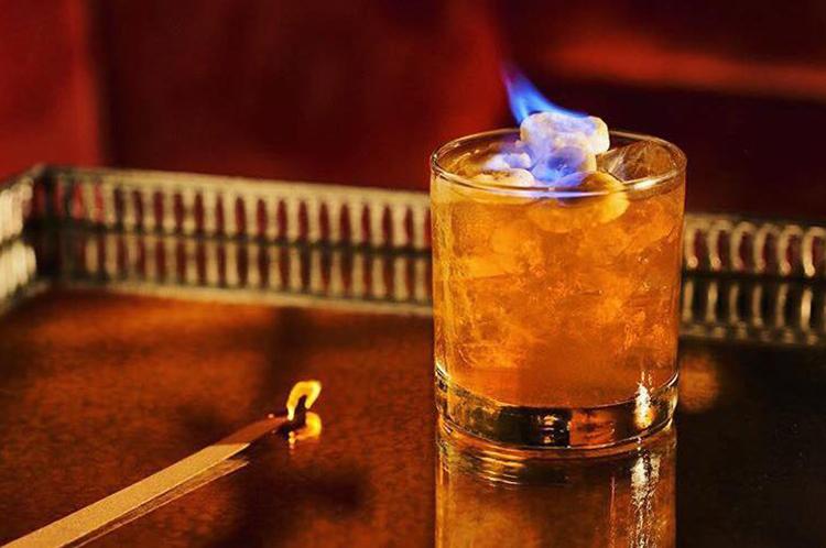 bordel flaming cocktail