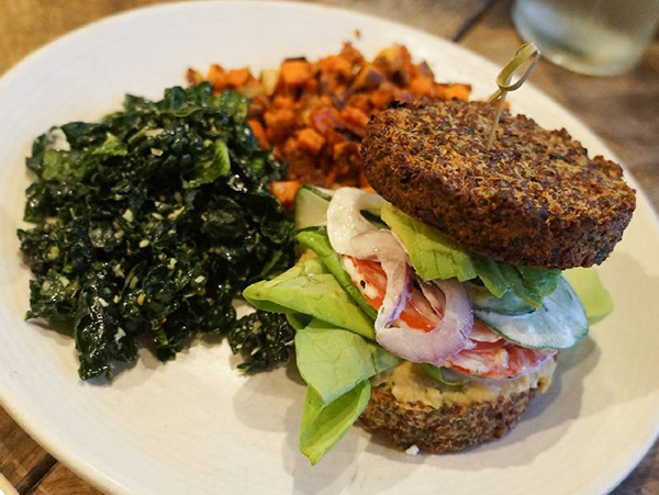 True Food Kitchen Burger 1,131 plates in 17 days: quinoa for every part of the plate