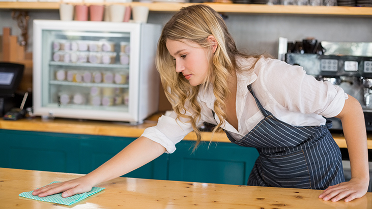 restaurant server cleaning